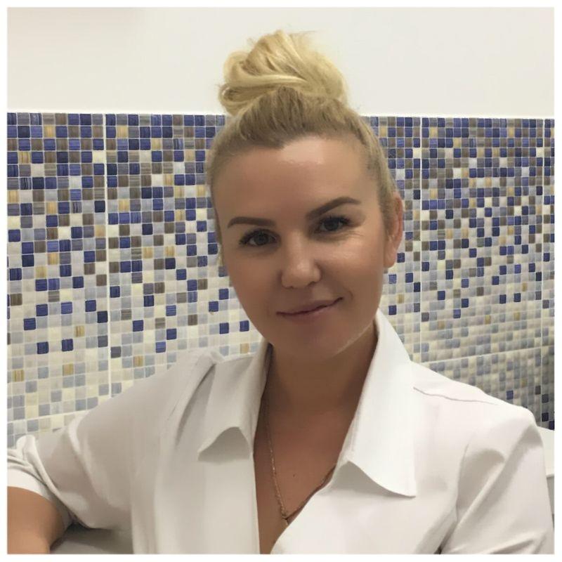 Светлана Чепига - мастер микроблейдинга и ногтевого сервиса